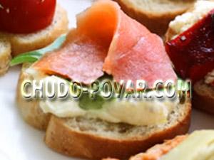 бутерброды для праздничного стола с сёмгой и сливочным сыром с каперсами