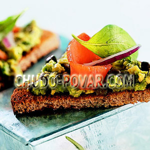 рецепт бутербродов на день рождения с сёмгой авокадо и каперсами