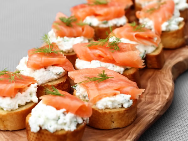 Бутерброды с сёмгой и творожным сыром
