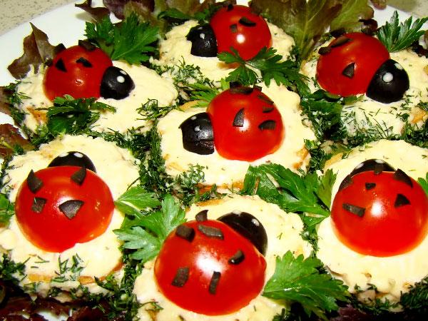 бутерброды со шпротами на праздничный стол рецепты с фото