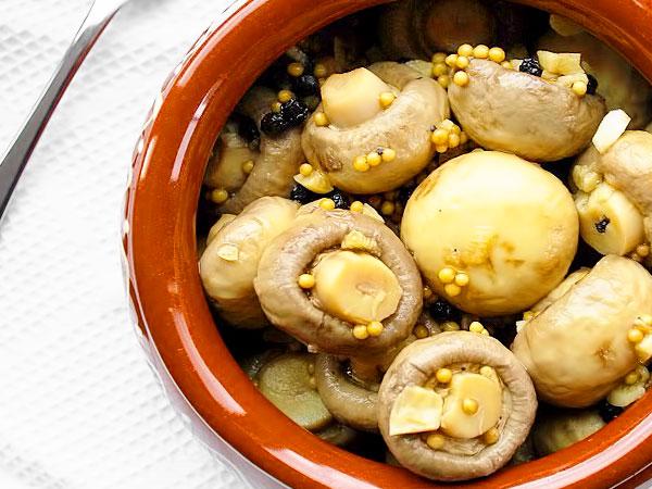 маринованные шампиньоны на зиму с зёрнами горчицы