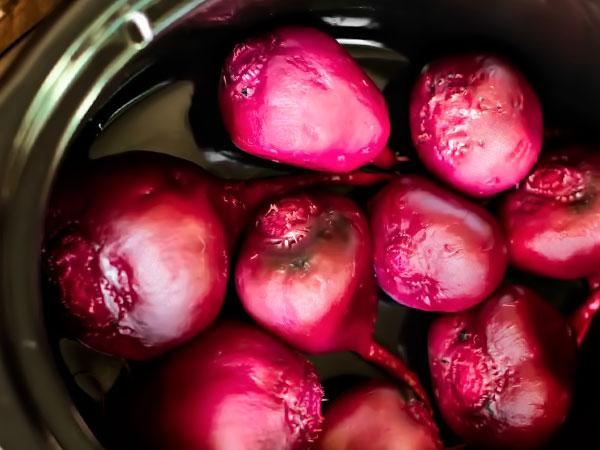 Как сварить и сколько варить свеклу в мультиварке: рецепты с фото