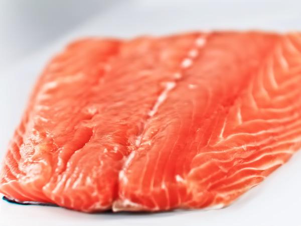 Как засолить красную рыбу дома рецепт с фото