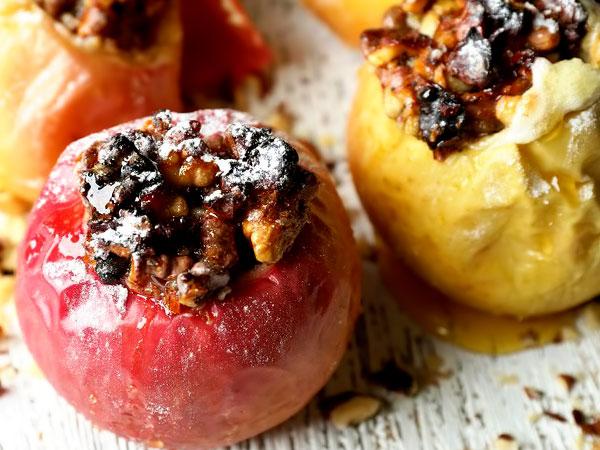 Печёные яблоки в духовке рецепт