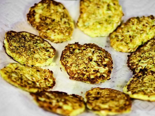 Оладьи из капусты пошаговый рецепт с фото