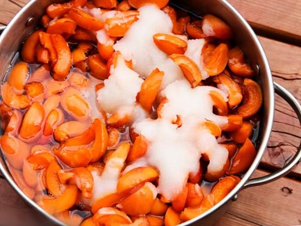приготовление абрикосового повидла