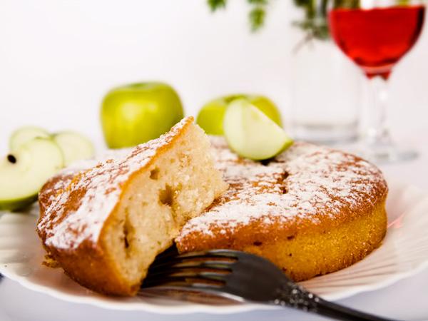 простая шарлотка с яблоками рецепт с фото