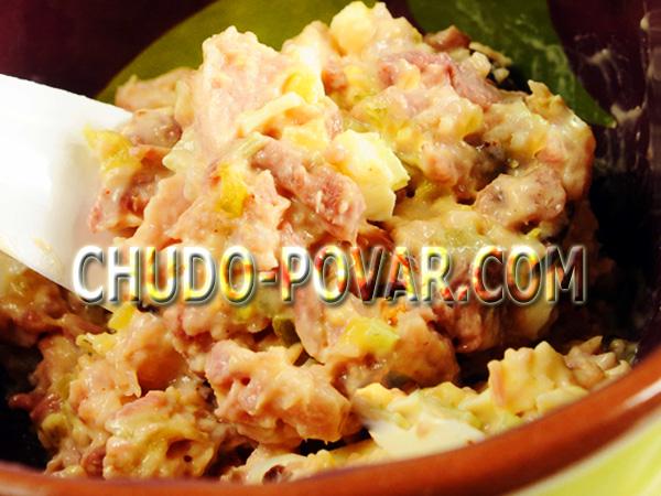 салат из рыбных консервов рецепт с фото