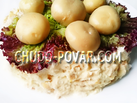 салат с курицей и грибами рецепт с фото