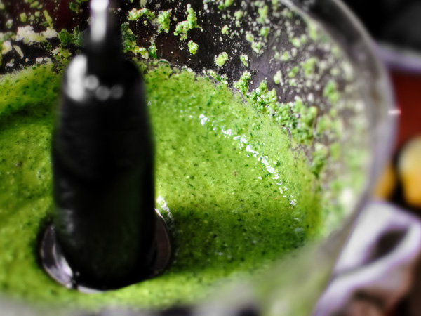 фото приготовления соус песто рецепт классический шаг 9