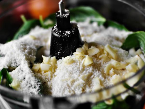 фото приготовления соус песто рецепт классический шаг 7