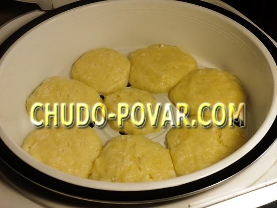 Сырники на пару в мультиварке рецепт с фото