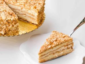 Торт Наполеон из домашнего теста: простой рецепт
