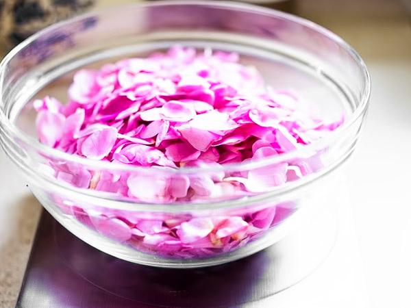Варенье из лепестков чайной розы шаг 2