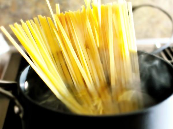 готовим длинные макароны в кастрюле рецепт с фото
