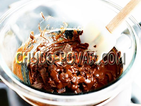 Как растопить шоколад на водяной бане - рецепт с фото