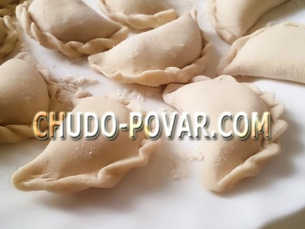 Лучшее тесто для вареников с картошкой рецепт с фото