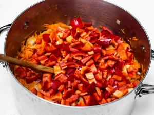 салат из перца и зелёных томатов