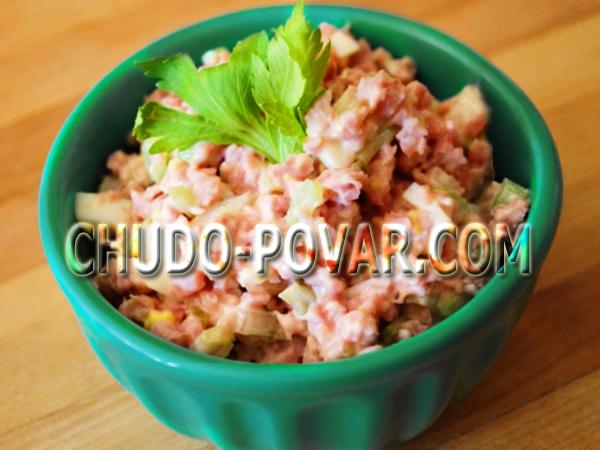 салат курица грибы помидоры рецепт #10