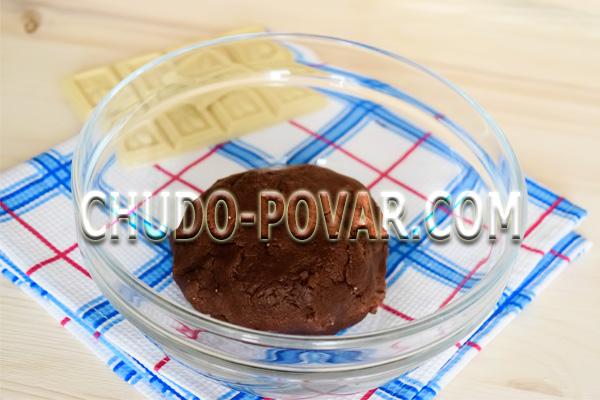фото приготовления печенье с кусочками шоколада шаг 4
