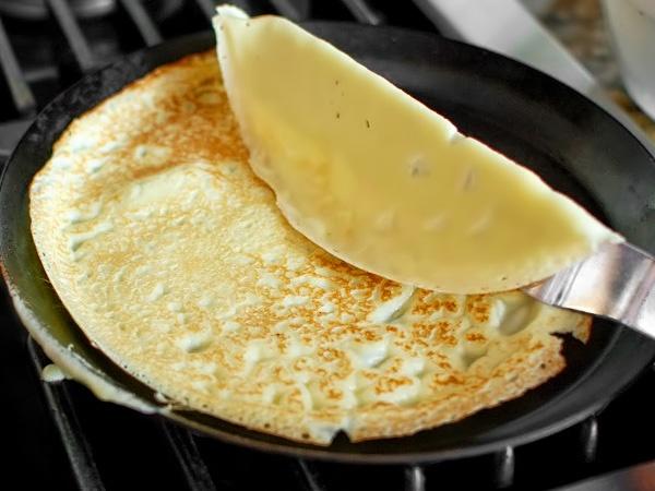 фото тоненькие блинчики на молоке рецепт приготовления шаг 10