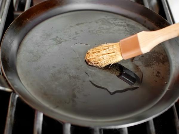 фото тоненькие блинчики на молоке рецепт приготовления шаг 6