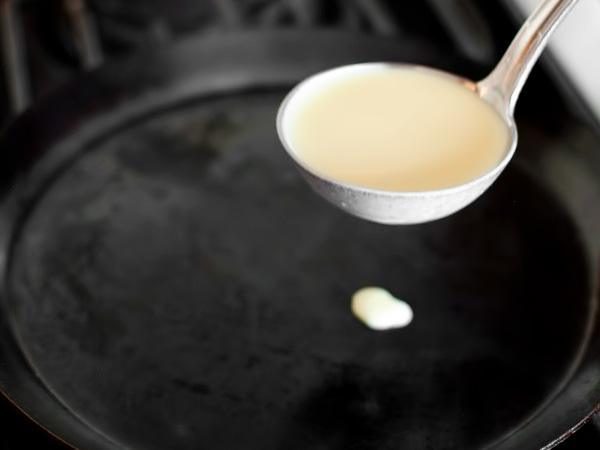 фото тоненькие блинчики на молоке рецепт приготовления шаг 7